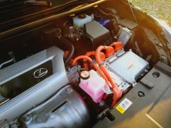 Oranžna barva -- ELEKTRIKA :-)