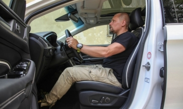 PRAVILNI POLOŽAJ za volanom