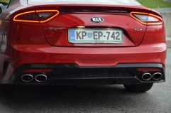 KIA STINGER 3,3 T-GDI, AWD, 272 kW