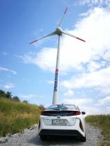 Vetrna elektrika in priključno-hibridni pogon - idealna kombinacija?