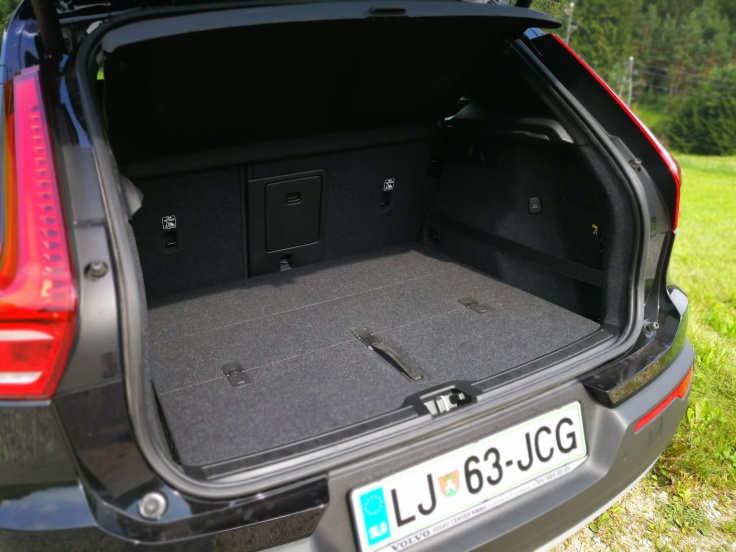 460 l prtljažnik