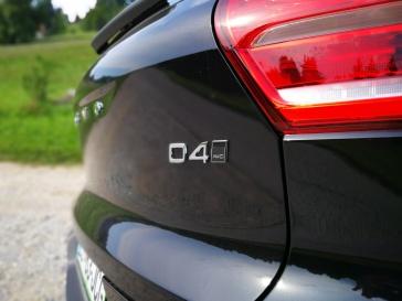 D4 (140kW, 190 KM)